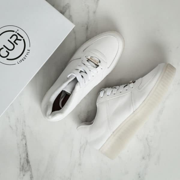 Alternative image of the white shoes for women.